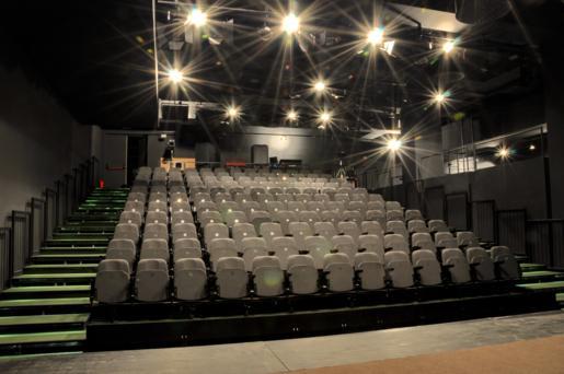 Finaliştii programului 9G la Teatrul Naţional Bucureşti
