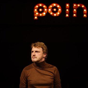 NSFW – o piesă de teatru ca o lecţie de viaţă